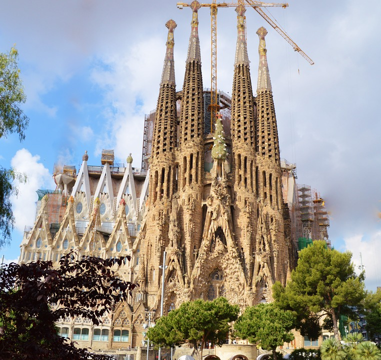 Sagrada Familia on a school trip