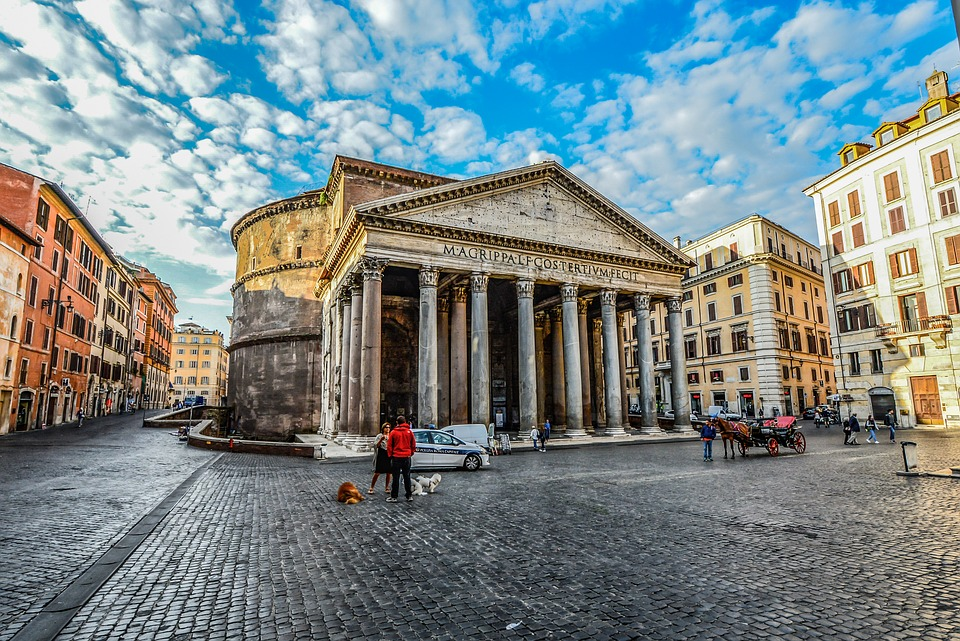 pantheon on classics school trip