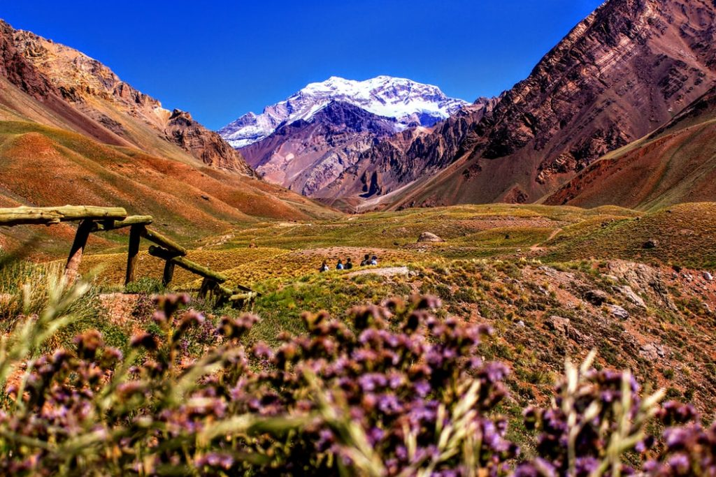 hiking andes school tour